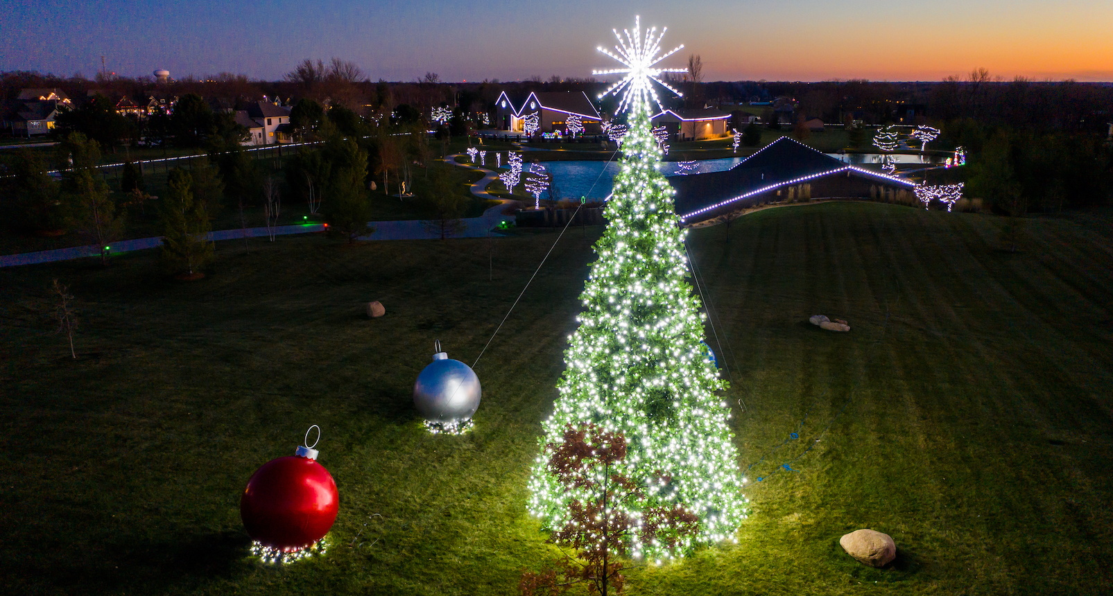 Perficut holiday lighting display at Moyer home in Ankeny, Iowa